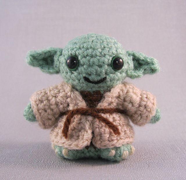 Ravelry: Yoda - Star Wars Mini Amigurumi pattern by Lucy Collin