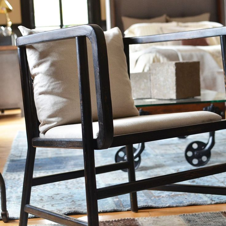 Dr. Gardner Lounge Chair