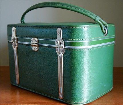 CC Loves...: Vintage Train Cases