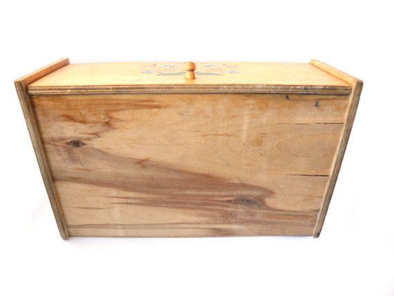 Vintage bread box woodtn bread box soviet bread box Vintage Stenciled Bread Box Folk Bread Box Folk kitchen decor  sc 1 st  Pinterest & Best 25+ Vintage bread boxes ideas on Pinterest   Bread boxes ... Aboutintivar.Com