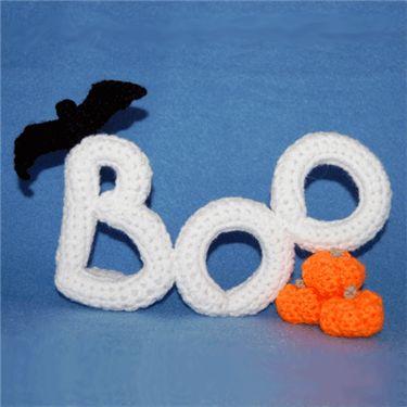 I love this free Halloween Crochet Pattern  Free Boo Pattern - Crochet Me