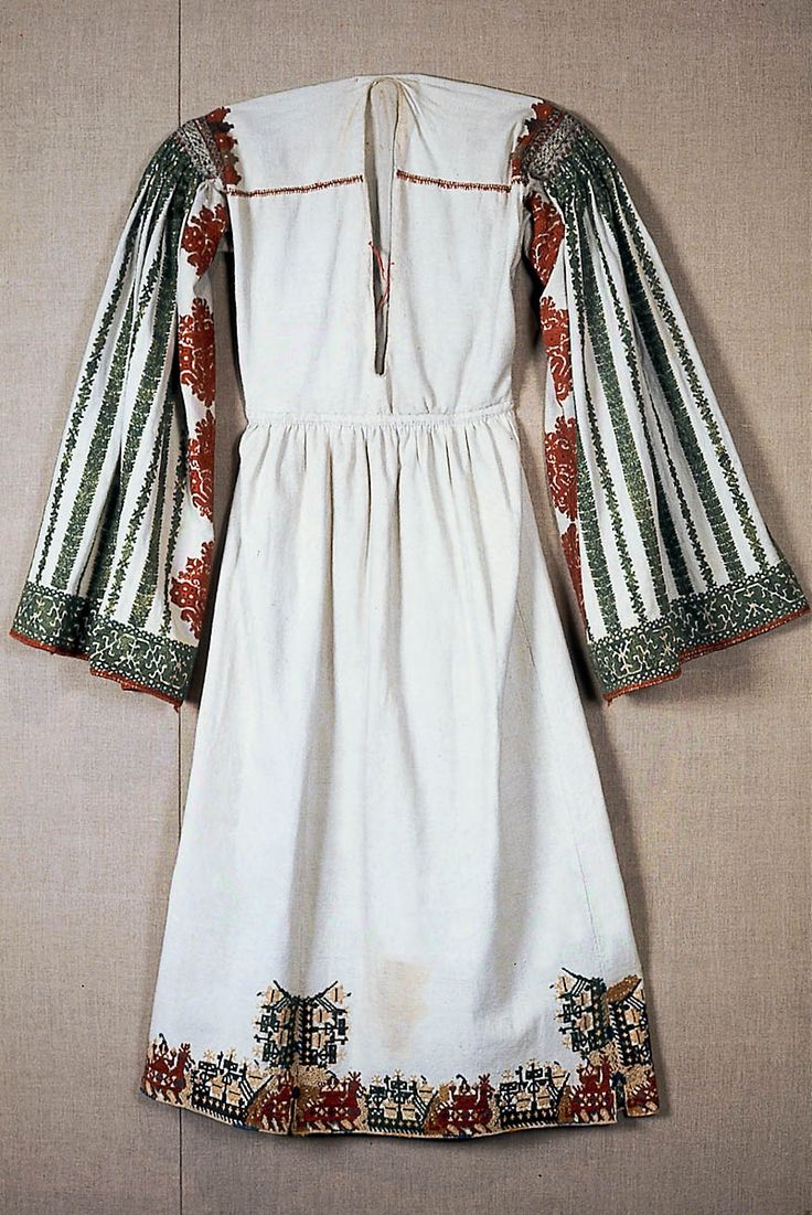 Bridal chemise Greek 18th or 19th century Object Place: Karpathos, Dodecanese, Astypalaia, Greece Museum of Fine Arts, Boston