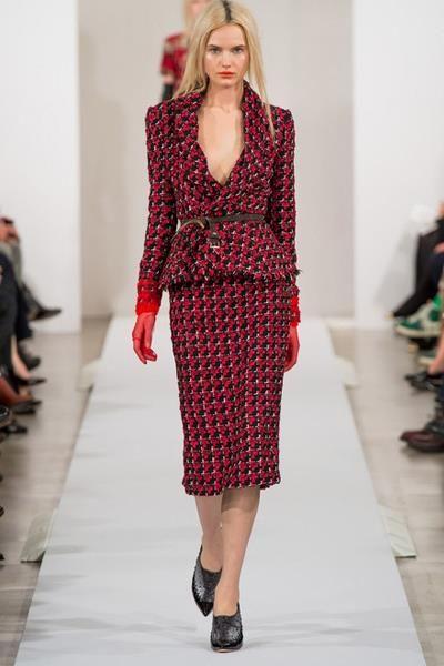 Красные женские твидовые костюмы
