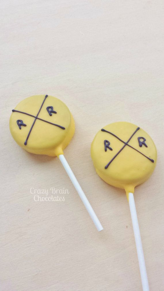 Chocolate Dipped Train Sign Oreo Pops 12 by CrazyBrainChocolate