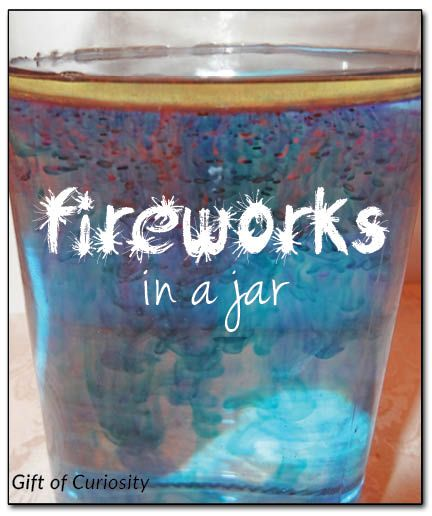 Fireworks in a jar - make your own celebratory fireworks in a jar using just 2 ingredients plus water! #handsonlearning #simplescience #IndependenceDay|| Gift of Curiosity