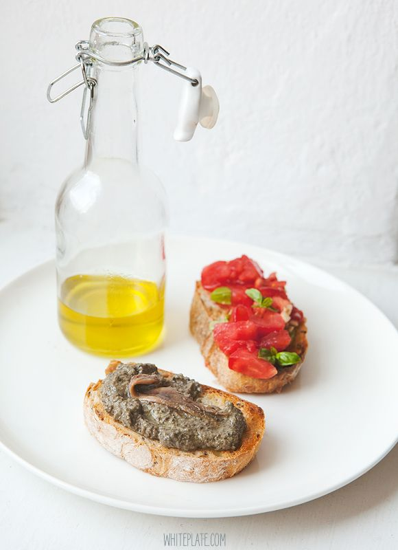 White Plate: Tapenada czyli pasta z oliwek