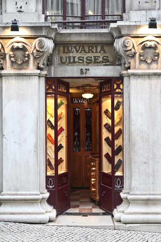 Diário de Lisboa - The Lisbon Diary: Luvaria Ulisses(Regresso à),Rua do Carmo.