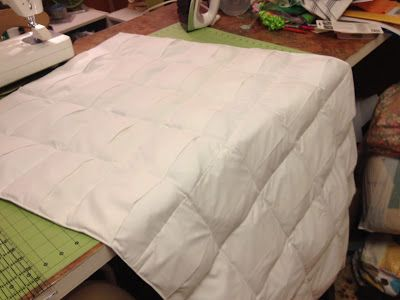 Confessions of a Fabric Addict: Weighted Blanket Tutorial! for people with sensory disorders like autism