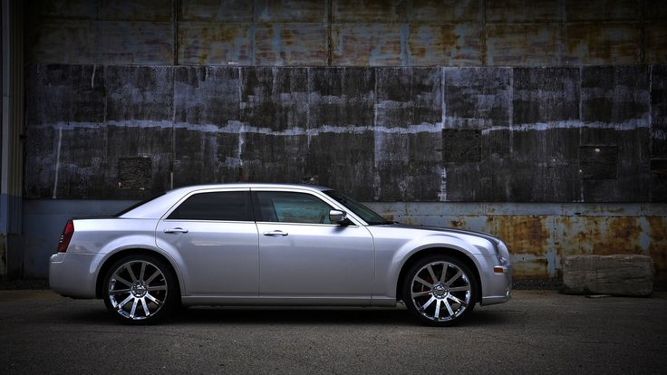 "Chrysler 300 22"" SRT chrome replica wheels Chrysler 300"