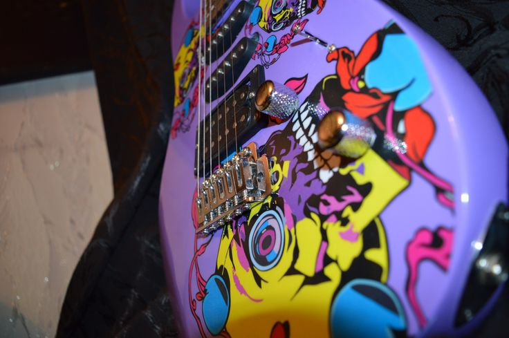 Электрогитара Día de Muertos.  Electric guitar Día de Muertos. Exclusive design. Unique in the world) Электрогитара, гитара, панк, рок, панк-рок, металл, дизайн гитары, эксклюзив, DK, DK Guitar, рисунок на гитаре, принт на гитаре, ручная работа, Electric guitar, guitar, punk, rock, punk rock, metal, guitar design, exclusive, guitar drawing, print on guitar, handmade, Фендер, Гибсон, Стратокастер, Ибанез, Джексон, Кастом, Fender, Gibson, Stratocaster, Ibanez, Jackson, Custom, Custom Shop
