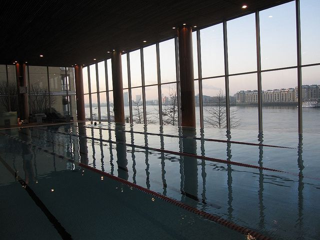 Four Seasons Pool Virgin Active Canary Wharf Swimming Pools In London Pinterest Swimming