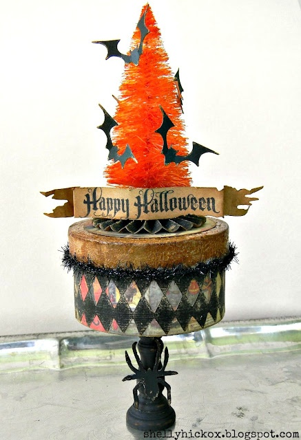 Halloween Boo Box with a tutorial. By Shelly Hickox of Stamptramp.: Halloween Boo, Halloween Decor, Boo Boxes, Die Cutting, Halloween Trees, Halloween Crafts, Halloween Bottle, Cut Inspiration, Halloween Surprise