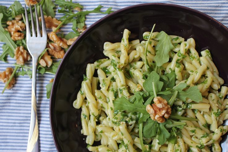 Ruccola Pesto with Walnuts