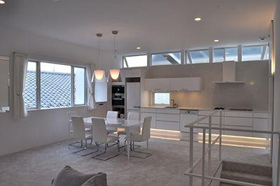 大きな空間構成とドイツ製品の家   東京組