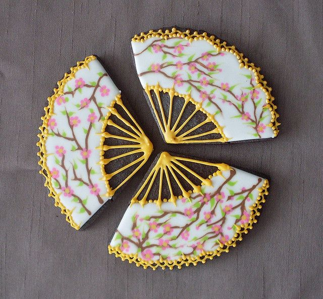 Japanese fan cookies