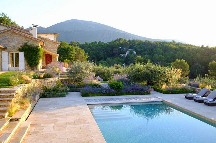 M s de 25 ideas incre bles sobre paisajismo de bajo for Plantas jardin mediterraneo