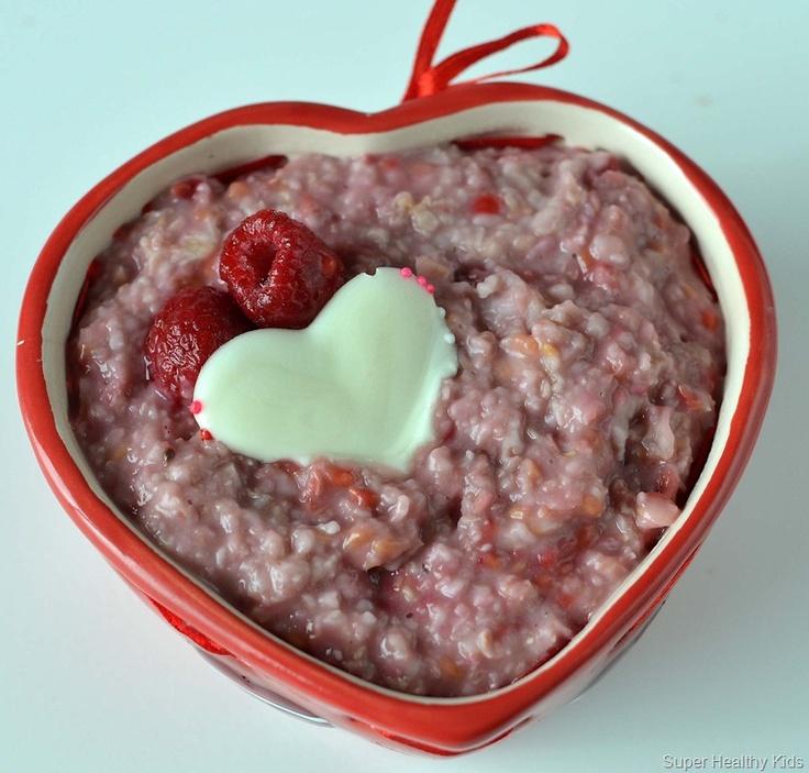 raspberry oatmeal in saucepan:  2 cups quick oats  3 cups water  1 cup raspberries  1 teaspoon vanilla  1 TBL flax meal