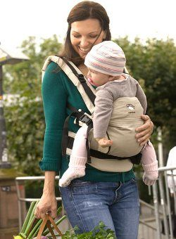Authentic Manduca Nature / NewStyle Sand with Box and Manual  Manduca baby carrier, the star of baby carriers in understated natural Sand shade.  Outer material: 45% hemp, 55% organic cotton Inner material: 100% organic cotton  Manduca - The facts clear and brief  The Manduca's unique de...