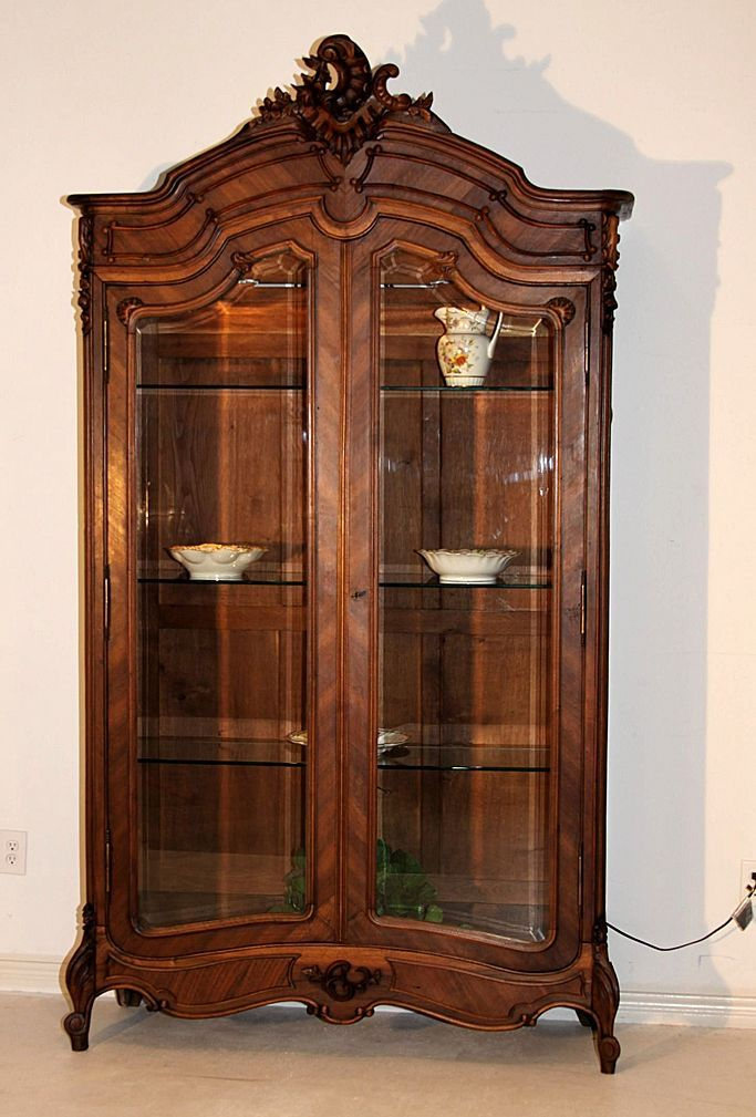 15 best display cases images on pinterest antique wardrobe cabinet of curiosities and cabinets. Black Bedroom Furniture Sets. Home Design Ideas