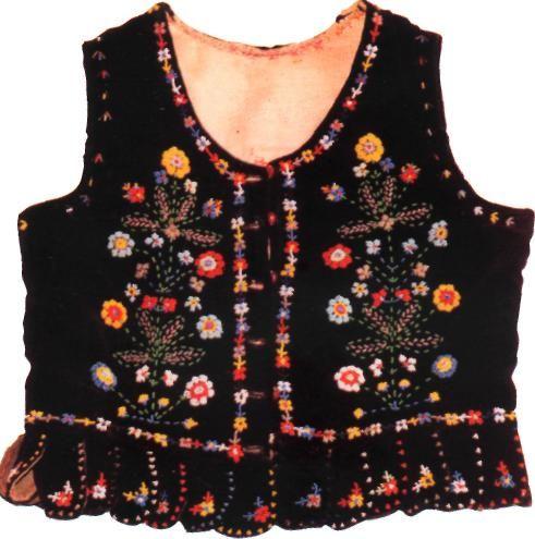 Лейбик вишитий, Закарпатська обл., Україна. Embroidery Laybik (Zakarpatian kind of vest), Ukraine. http://traditions.org.ua/odiah/128-leibyk