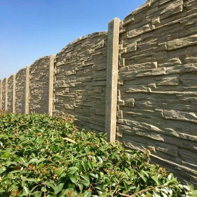 Product photos of pre-cast concrete walls, concrete fence wall, precast concrete fences