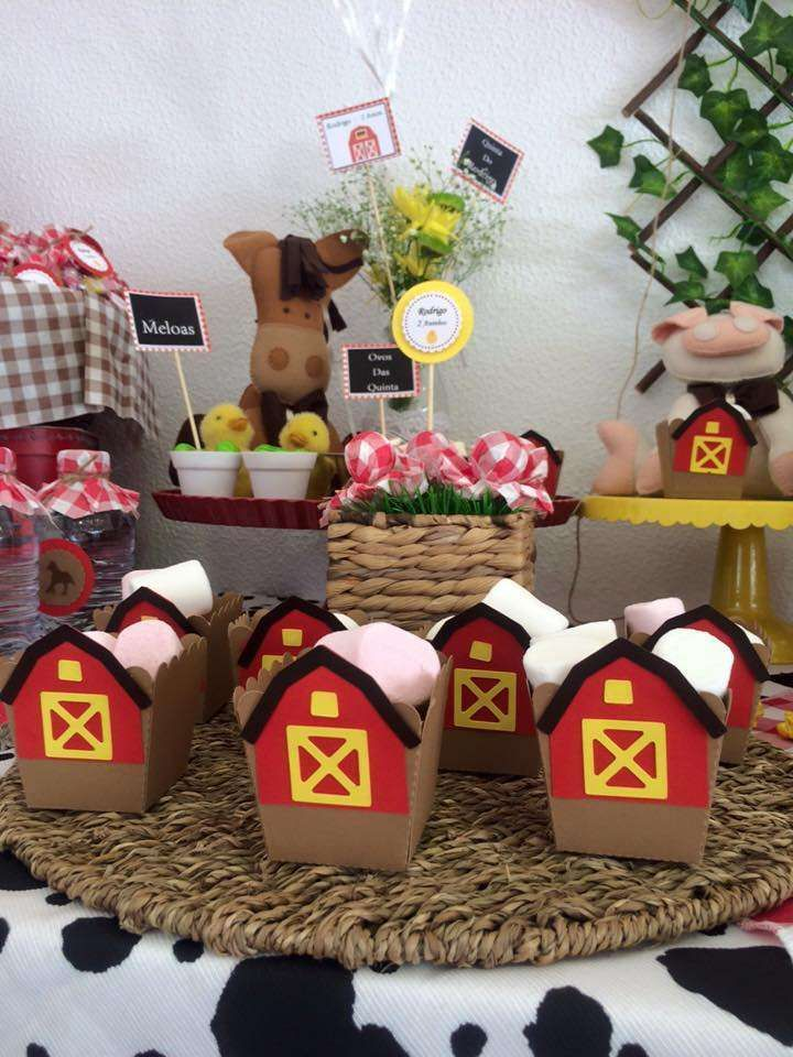 Farm Birthday Party Ideas | Photo 2 of 27 | Catch My Party