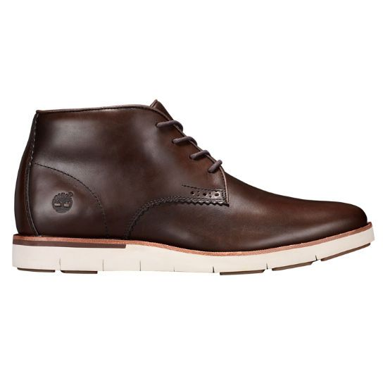 Shop Timberland for Preston Hills chukkas: Leather boots to complement your sleek style.