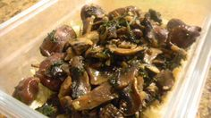 Duck gizzard with mushroom wine sauce