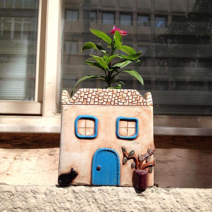 #clay #clayhouse #flowerpot #clayart #pottery #ceramics #keramik #keramika #ceramique #seramik #seramiksaksı #handmade