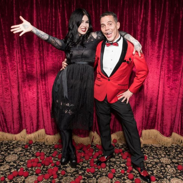 Kat Von D and Steve-O Confirm They're a Couple With Lovey-Dovey Instagram Pics. Steve-O needs an implant!