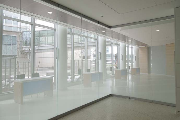 Modernfold operable partitions folding partitions glass for Folding glass walls