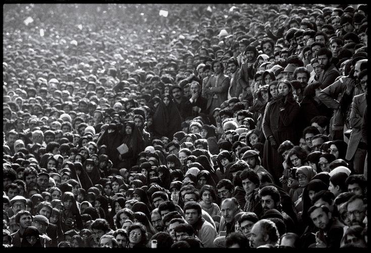 44 Days: the Iranian Revolution: David Burnett | Photographer