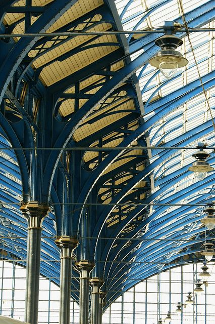 Brighton Railway Station, Brighton, East Sussex, dates from Victorian times - photo by chakchouka, via Flickr