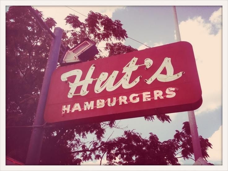 Hut's Hamburgers, Austin