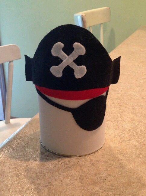 Let them earn their pirate makeover at Disney with a felt DIY piggy bank! https://disneyworld.disney.go.com/events-tours/magic-kingdom/pirates-league/