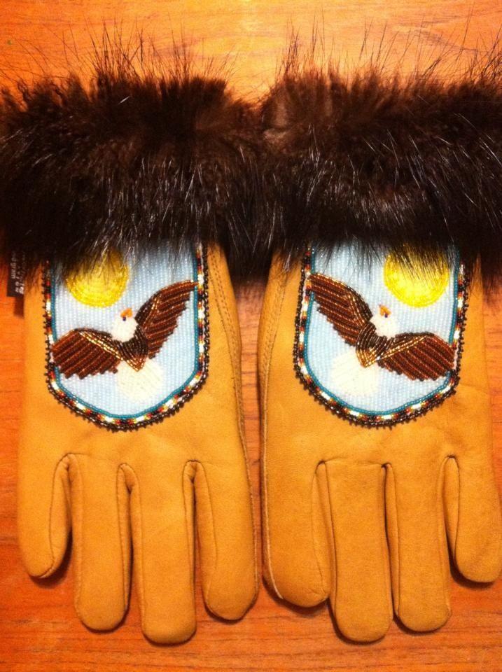 Men S Beaded Gloves With Beaver Fur Trim Alaska Native