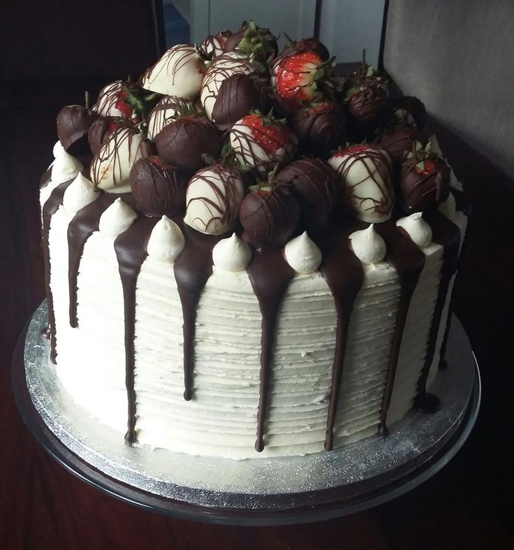chocolate strawberry and red velvet cake.jpg