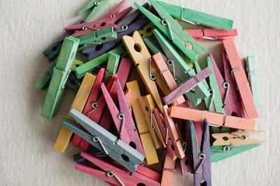 Cómo tintar pinzas de la ropa en Recicla Inventa