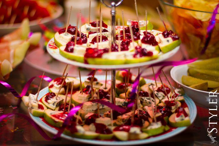Menu na imprezę vol. 1 - koreczki dania potrawy przystawki na imprezę #impreza #party #menu #kuchnia #blog #przepis #superstyler