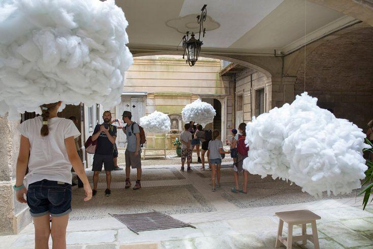 head-clouds-installation-montpelliers-festival-des-architectures-vives-8
