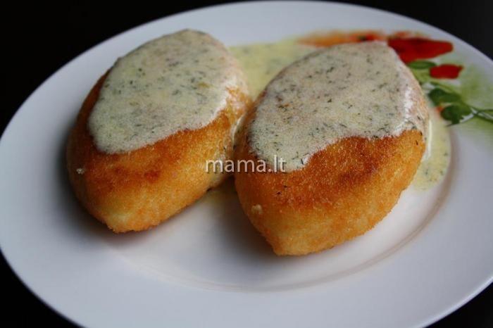 Žemaičių blynai su vištiena ir sūriu