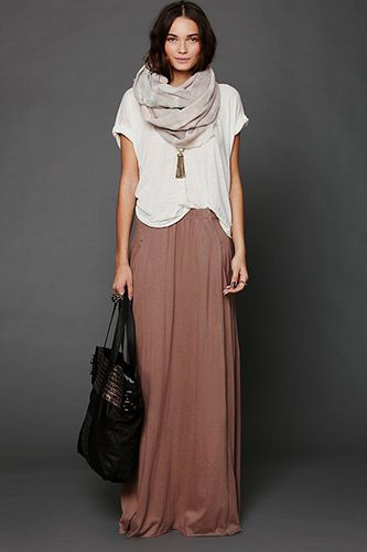 11 Lovely Maxi-Skirts That Won't Sell Your Fall Style Short #refinery29