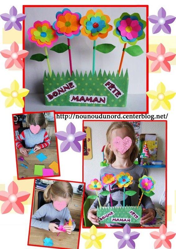 fleurs très colorées, piquées dans un support en polystyrène recouvert de papier à motif, explications sur mon blog