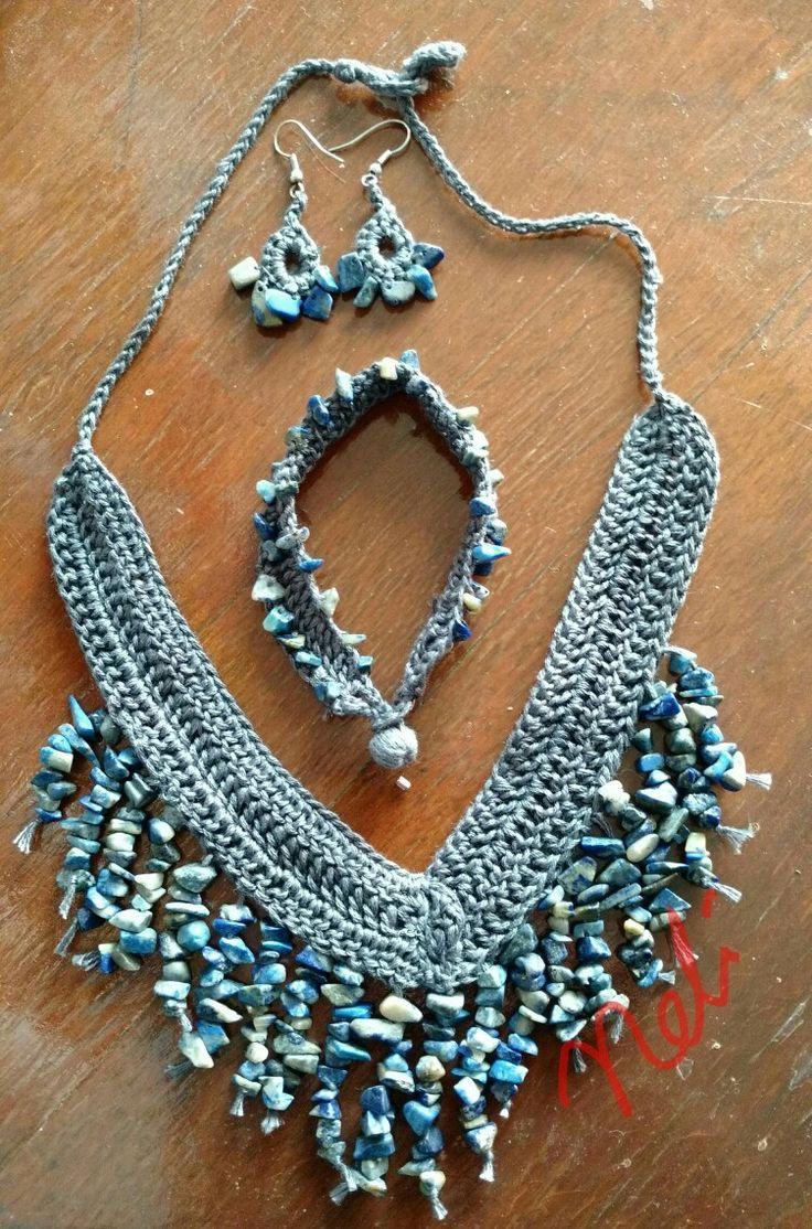 Coordinado Crochet y cuarzo Por Neli Suárez