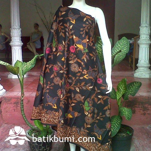 #Kain #Batik motif #lawasan #Kupu dengan sistem pembatikan menggunakan metode batik cap kombinasi batik tulis. Motif kain elegan dan nyaman dipakai,krn menggunakan bahan dengan kualitas premium.