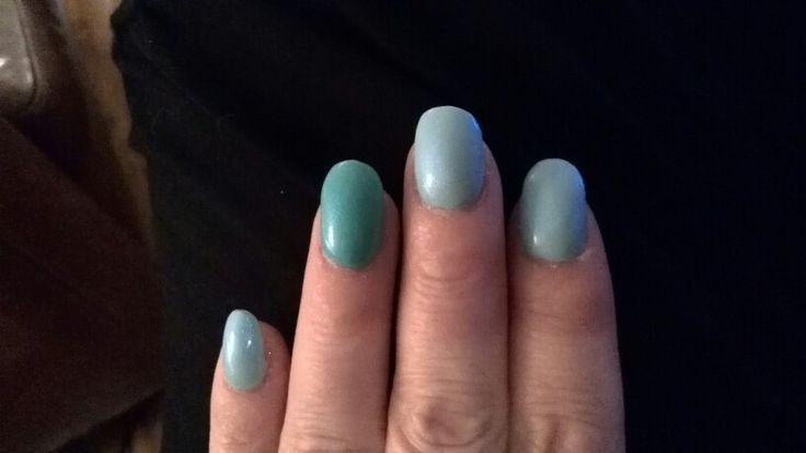 Blauw met parelmoer poeder