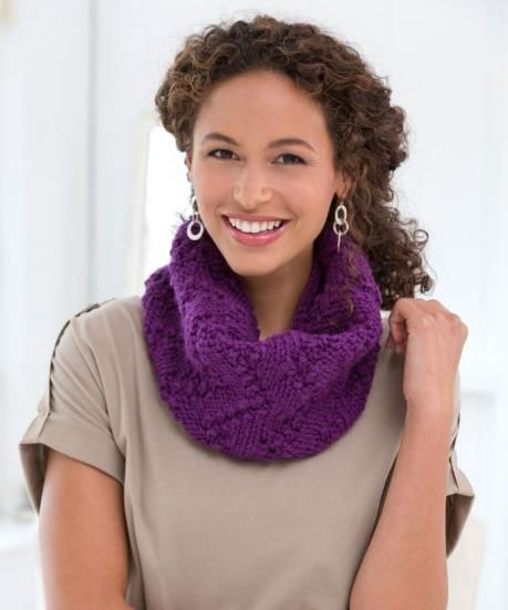 If you dont have much time to knit a  scarf this free knitting pattern is for…