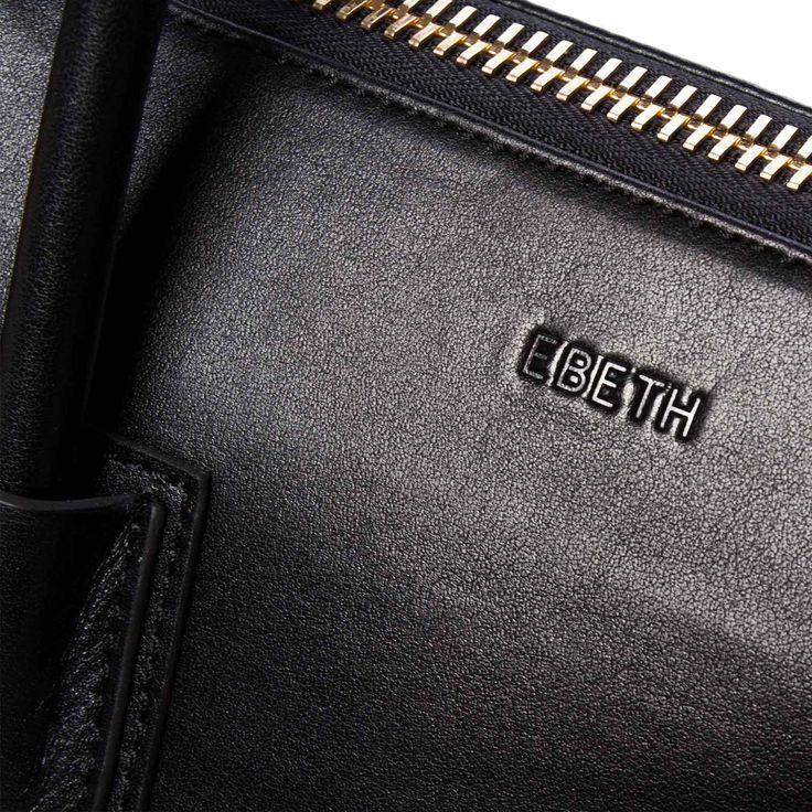 Structured handbag from EBETH. Handbags of simplicity made sophisticated by Norwegian designer and entrepreneur Elisabeth Bratteberg.