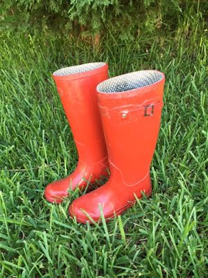 a27e2a8c5 Clinging to the Vine: Get Your Red Boots on, Girl | Blogs | Red ...