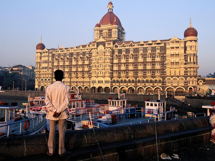 how to get from mumbai to taj mahal